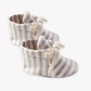 Quincy Mae Fog Stripe Baby Booties